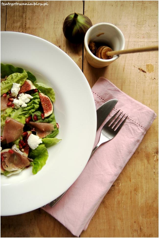 Sałatka z figami, kozim serem i granatem