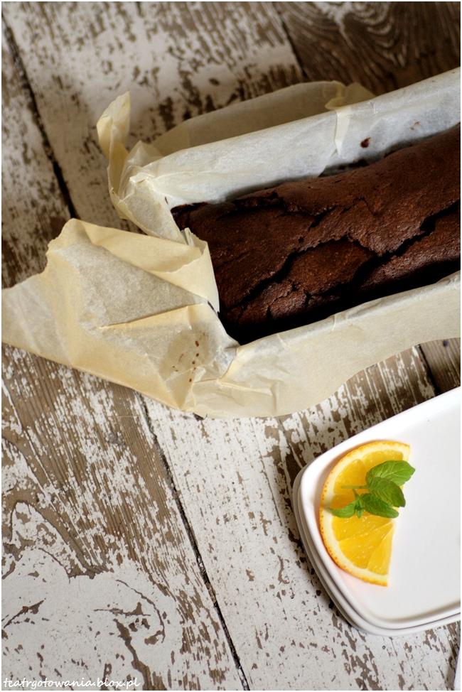 Ciasto czekoladowe i słodkie życie w Paryżu